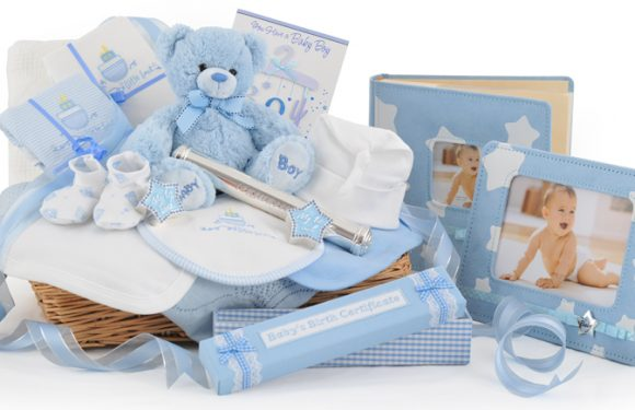 How to order gifts for new parents online in Dubai