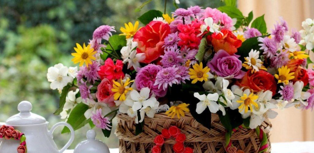 Types Of Floral Arrangements